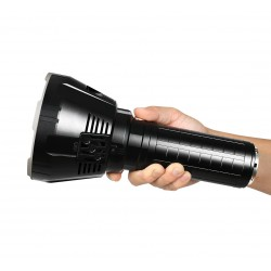 IMALENT MS18 Torcia a 100.000 LUMEN MULTILED con 18 LED XHP70