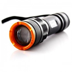 Trustfire Z3 zoomable Zoom 1000 Lumen XM-L T6 LED pocket strobe SOS