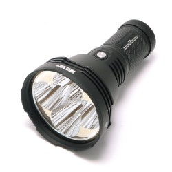 Acebeam X65 Mini 5x CREE XHP35 HI LED 12000 lumens reaches 1400 meters