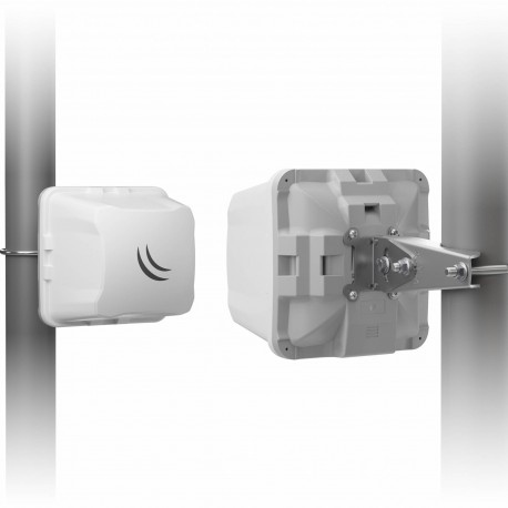 MikroTik Wireless Wire Cube link to 60ghz CubeG-5ac60adpair