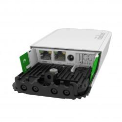 Kit Mikrotik RBwAPGR-5HacD2HnD e R11e-4G wAP ac 4G CPU