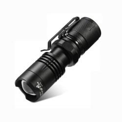 Mini Linterna LED de bolsillo táctica Zoom función SOS 550LM